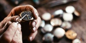 Những mẹo hữu dụng bạn cần biết để bảo dưỡng đồng hồ cao cấp