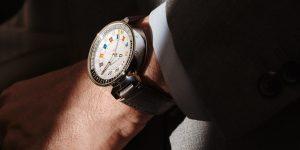 Louis Vuitton nâng cấp chức năng GMT, ra mắt Tambour Moon Dual Time