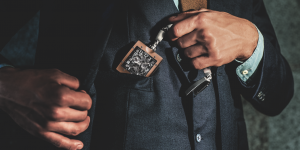 Đồng hồ bỏ túi đầu tiên của Richard Mille: Khi công nghệ hiện đại khoác chiếc áo cổ điển
