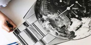 Gặp gỡ Julie Kraulis: Họa sĩ vẽ chân dung đồng hồ đầu tiên và duy nhất trên thế giới