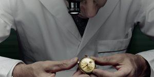 Tò mò quá trình sửa chữa một chiếc đồng hồ tại Rolex World Service