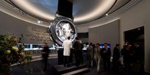Góc nhìn thị trường: Tương lai nào đang chờ đón ngành công nghiệp đồng hồ Thụy Sĩ?